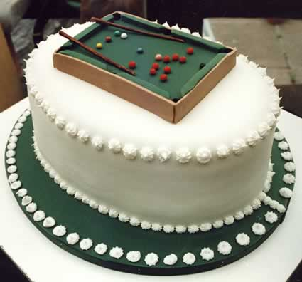Cake with Snooker table